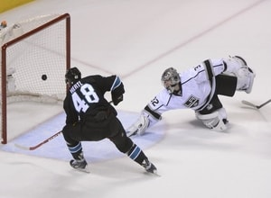 Tomas Hertl takes advantage of Jonathan Quick's aggressiveness